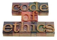 'Ética' en letras de bronce