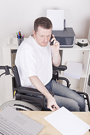 Discapacitado intelectual trabajando