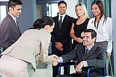 Compañero de trabajo con discapacidad