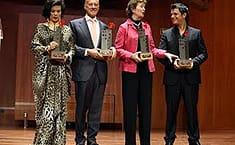 Foto de familia de los galardonados