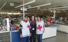 Voluntarias de Cruz Roja en Aldi